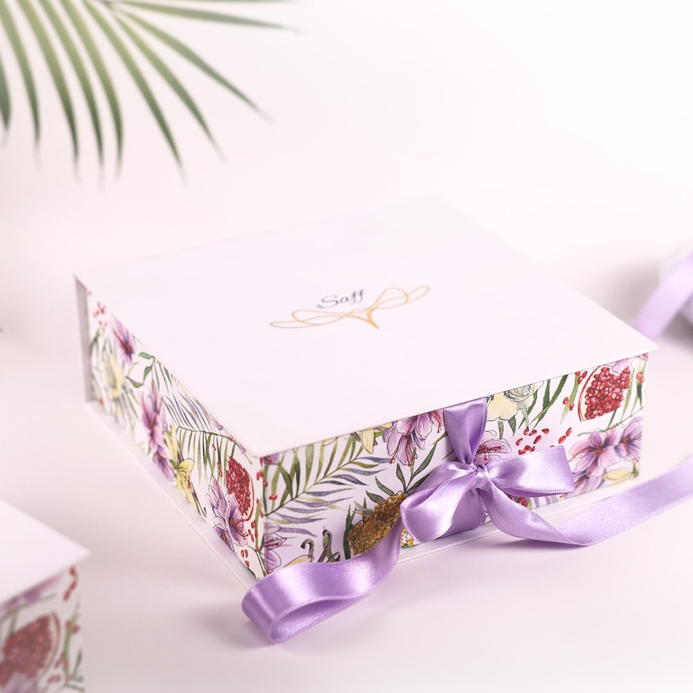 The Tropical Vibes Box